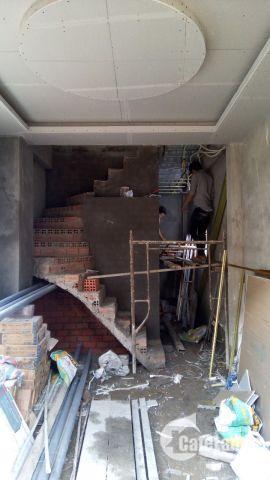 Bán gấp căn nhà hẻm 82, DT sàn 80m2.