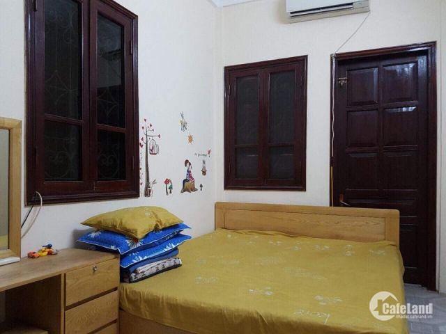 Bán gấp nhà phố Nguyễn Lân DT 45M, 4 Tầng, MT 5 M , Giá 2.8TỶ
