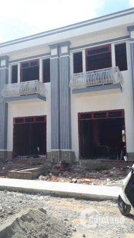Nhà sổ riêng, mặt tiền đường, Thổ cư 100%, DT 75m2