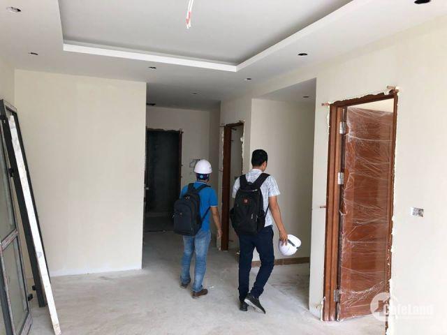 Cần bán căn hộ 2 PN chung cư Bộ Công An 43 Tòa CT 1 tầng đẹp bc ĐN