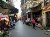Nhà đẹp lô góc mặt ngõ kinh doanh sầm uất, ô tô tránh ngõ thông  phố Khương Trung 5,9 tỷ.