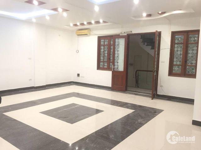 Toàn nhà biulding đẹp nhất phố Nam Đồng hiện đang còn trống Duy Nhất 1 sàn 50m2 giá hạt rẻ nhất quận Đống Đa. Lhcc: 0912.767.342