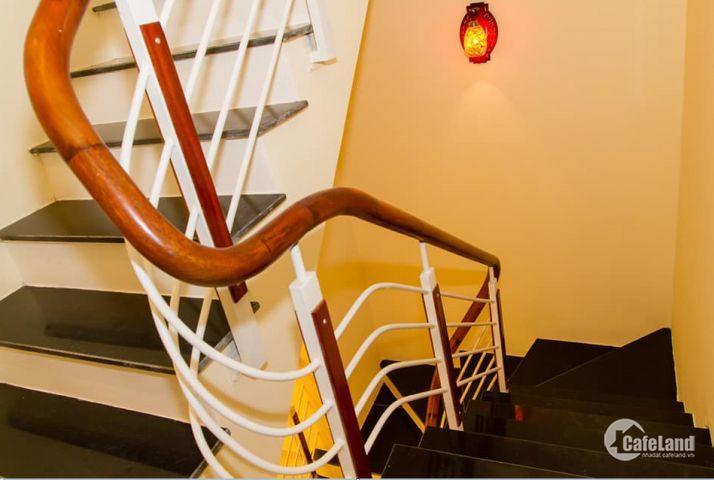 Cho thuê nhà riêng tại phố Phúc Hoa, Tây Hồ 50mx4 tầng giá 15 triệu