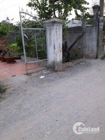 Đất 2 mặt tiền  xây dựng tự do tại Bến Lức Long An, 110m2, SHR
