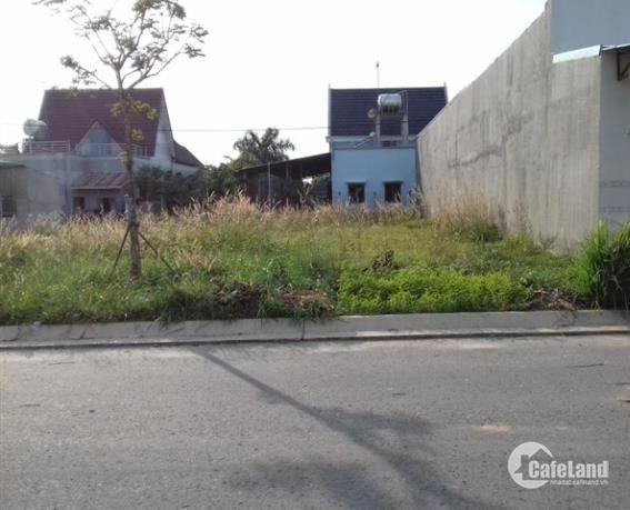 Bán đất xây phòng trọ đối diện chợ Long Cang, SHR, XDTD, giá 790tr/120 m2. LH: 0384422082