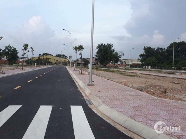 Mở bán lô đất mặt tiền tỉnh lộ 835 gần chợ Bình Chánh, Ngân hàng hỗ trợ  vay vốn 70%.