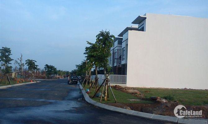 Nhà đất MT DT 9,lộ giới 25m,500tr,100% thổ cư,sổ riêng