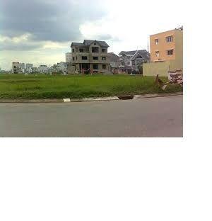 Bán gấp lô đất mặt tiền đường Bưng Ông Thoàn