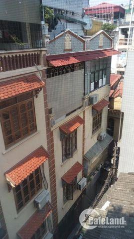 Bán nhà tại ĐÊ LA THÀNH – ĐỐNG ĐA 5 tầng +vị trí đẹp giá 4 tỷ (TL)