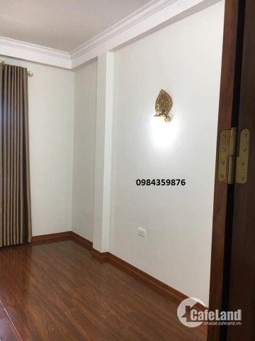 Bán nhà Ngõ 10 Tôn Thất Tùng 42m2 xây 4 tầng, MT 3.5m. Giá 3.6 Tỷ
