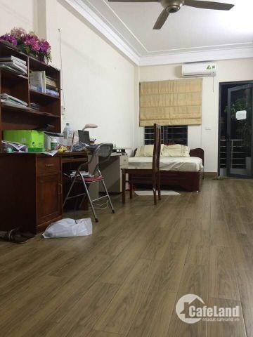 Bán nhà riêng Ngã Tư Sở, Kinh doanh, Ô tô vào, 55m2. LH: 0988273197