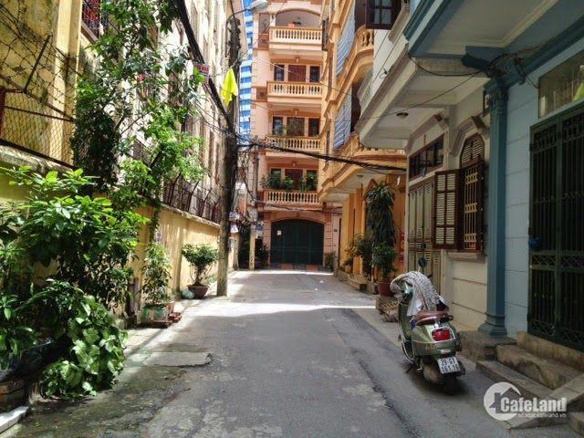 Bán nhà phân lô phố Thái Thịnh, ô tô, diện tích 58m2, giá 5,8 tỷ.