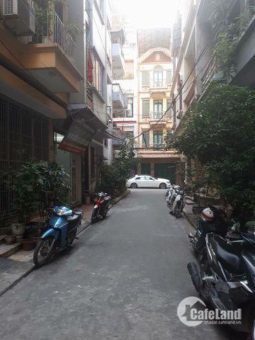 Phân lô ô tô vào nhà Nguyễn Phúc Lai 50m2, 5 tầng, mặt tiền 4,05m giá 6,7 tỷ.