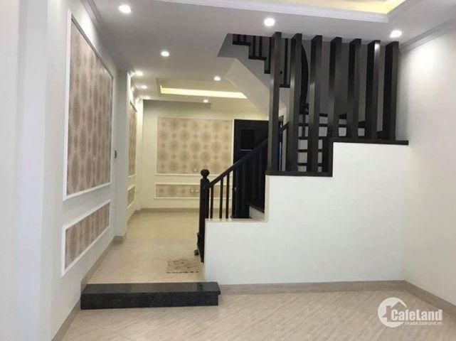 Bán nhà 4 tầng Chùa Bộc, NGÕ THÔNG THOÁNG, giá 4.2 tỷ
