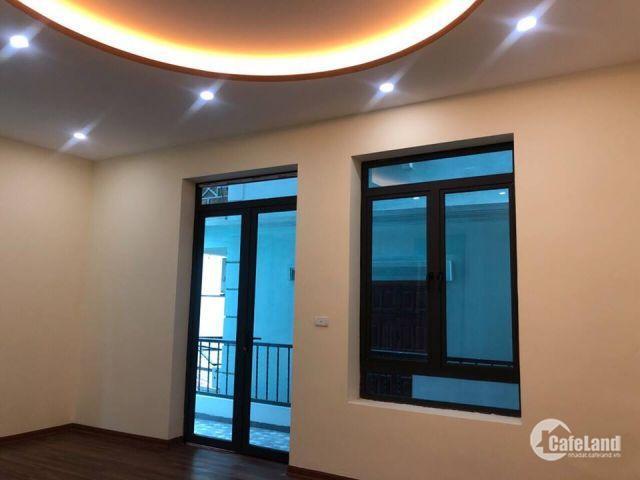 Chính chủ bán nhà 2 mặt tiền Hoàng Mai 58 m2x4 tầng 5.6 tỷ