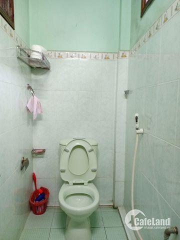 Nhà cấp 4 kiệt  Duy Tân 92m2 rộng 6,5m, hướng Nam. Giá bán 1,18 tỷ.