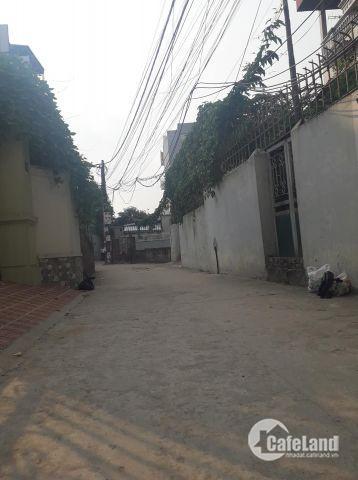 Hot! Còn duy nhất căn nhà 4 tầng 62m2 ngõ ô tô 7 chỗ ngay chân cầu Vĩnh Tuy chỉ 4,15 tỷ. Lh 0986714161.