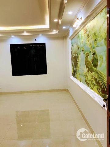 Chính chủ bán nhà Long Biên 2 tỷ cực đẹp, đường oto. LH 01642907118.