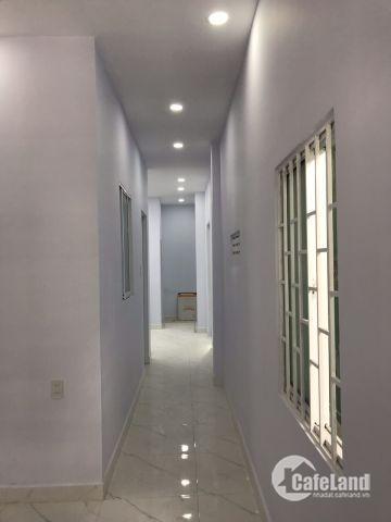 Bán nhà mới xây sát KĐT Vĩnh Trung, đối diện chợ Vĩnh Trung, đối diện ủy ban nhân dân Vĩnh Trung