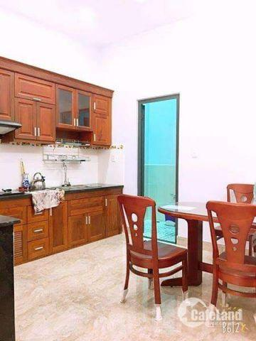 Cần vốn làm ăn bán gấp căn nhà 1 trệt, 3 lầu, đường Trang Tử,quận 6