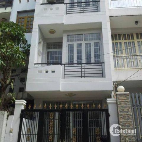 Cần bán một căn nhà gồm 1 trệt, 1 lầu, 1 tầng thượng, tổng diện tích 192 m2