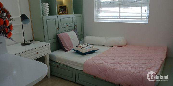 Ông anh đi nước ngoài, cần bán gấp căn hộ 2 phòng ngủ 62 m2 chỉ 1 ty 500 Liên hệ 0906119452