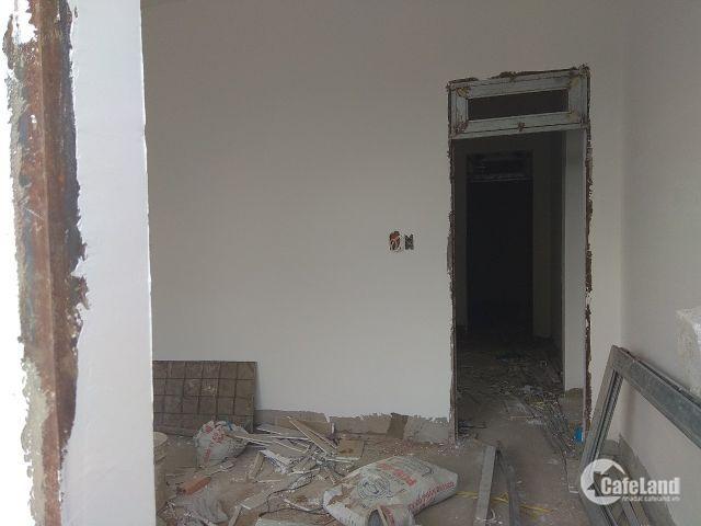 Bán nhà 2 lầu 130 m2 sàn SHR đường 120 gần BX MĐ