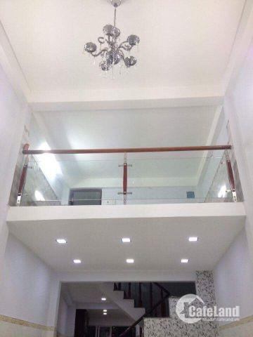 Nhà 3 Lầu, 3PN, Sân Thượng Hẻm Xe Hơi Trước Nhà Ngay Đường Phan Xích Long