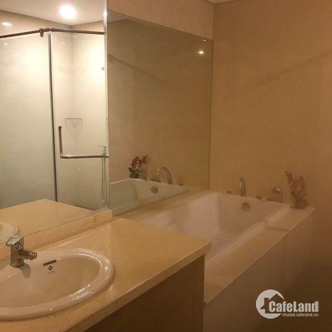 cho thuê và bán cắt lỗ căn hộ R5 Royal City 133m2