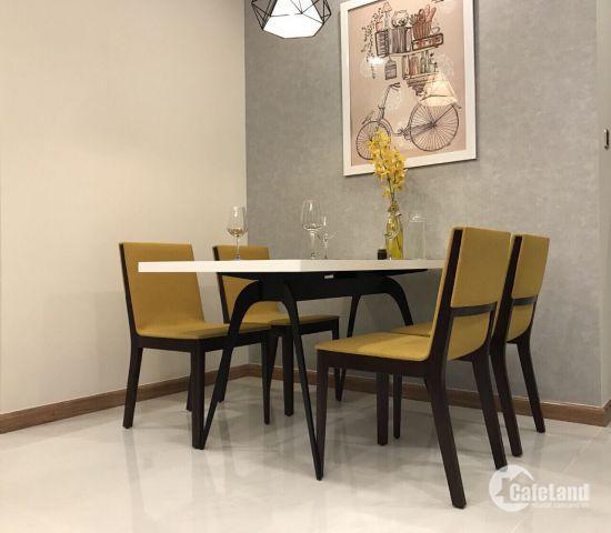 Căn hộ 2PN, full nội thất, tầng trung, có 2 view cực đẹp, tại Vinhomes, 18tr/tháng. Giá cực rẻ. LH: 0931.46.7772