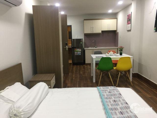 Cho thuê căn hộ dịch vụ cao cấp, mới 100%, full nội thất, gần tttp