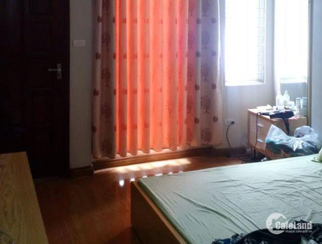 Cho thuê nhà Nguyễn Khoái 60m2x3 tầng 9,5tr/tháng