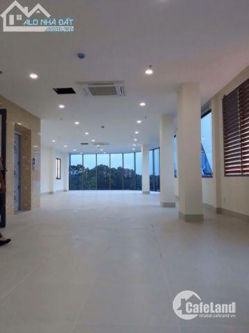 Chính chủ cho thuê văn phòng hạng A mặt phố Nguyễn Xiển, DT 170m2, Thanh Xuân