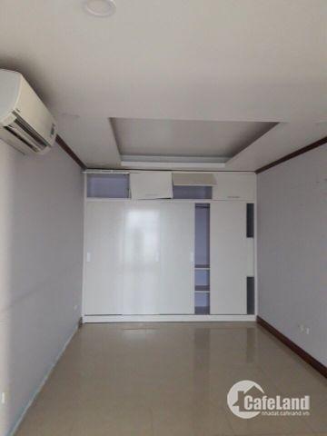 Cho thuê CC 120m2 3PN đồ CB tòa Bắc Hà Lucky Building 30 Phạm Văn Đồng