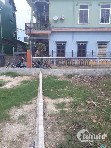 Đất Huế giá rẻ - Chính chủ bán lô đất kiệt ô tô cách đường Nguyễn Tất Thành 20m Bao sổ hồng xây dựng tự do Diện tích đẹp 97m2 ngang 7,7 dài 12,6 Vị trí: Cách tr