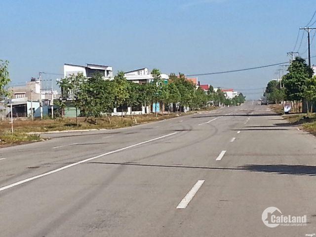 Ngân hàng thanh lý lô đất 100m2, sổ hồng, đường lớn