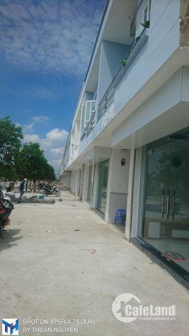Sở hữu ngay nhà mặt tiền kinh doanh 1 rệt 1 lầu mặt tiền đường 16m trong KCN. Hoàn công - Bao sổ.