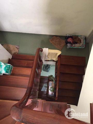 Bán nhà phố Phùng Chí Kiên 4 tầng an ninh tốt, ngõ rộng 3m, khung bê tông chắc chắn