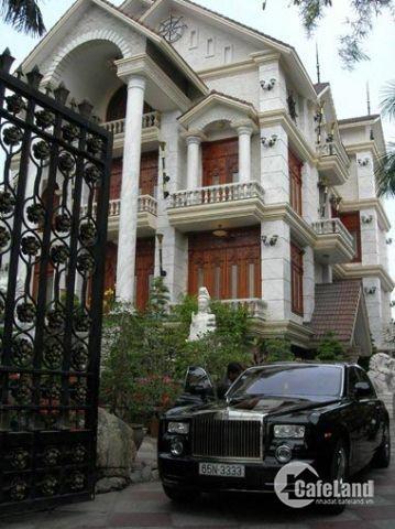 Bán căn biệt thự hạng sang, Đặng Xá, Gia Lâm. giá 7 tỷ 9. Lh 0866641621