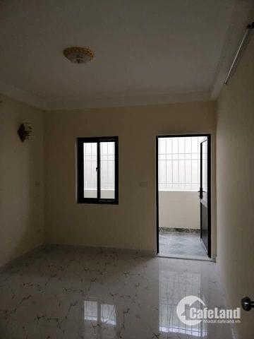 Bán nhà đẹp Minh Khai gần mặt phố - DT 55m2 x 4 tầng- MT 4m- Giá 3,3 tỷ.