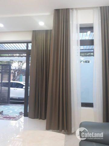 Cho thuê nhà cấp 4 gác lửng mặt tiền đường NGUYỄN VĂN LINH -Quận hải châu