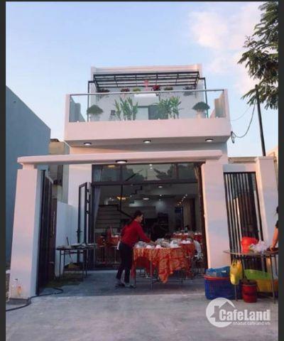 Bán căn nhà 2 tầng mới xây xong nội thất hiện đại đường Bàu Cầu 9, dân cư đông đúc gần hồ điều tiết