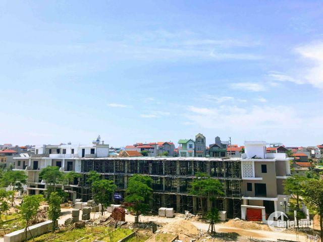 Bán nhà  xây mới 3,5  tầng tại Trạm Trôi với giá 3 tỷ. LH: 0365 3535 66