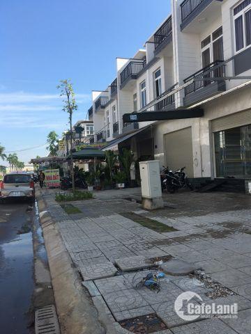 Biệt thự Liền kề. 6x17, 1 Trệt 2 lầu, MT đường 12m Ngay Phan Văn Hớn - Hóc Môn .2.5 tỷ. LH: 0384422082