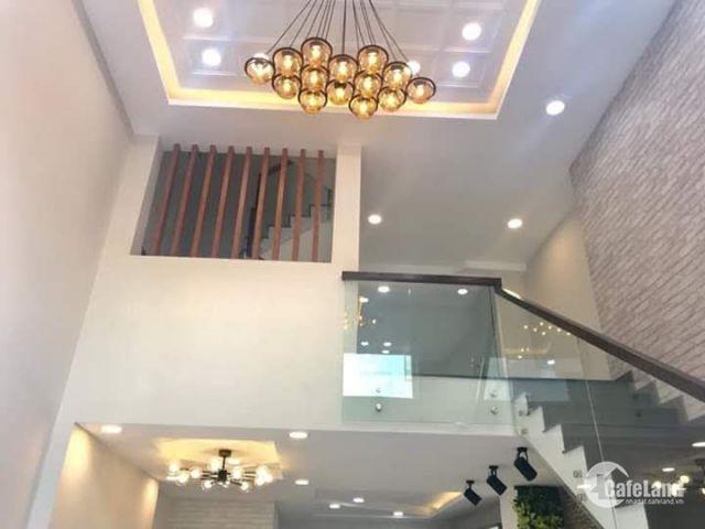 Chính chủ kẹt tiền cần bán gấp nhà mới xây đường Phan Văn Hớn, Hóc Môn, giá đầu tư tốt.