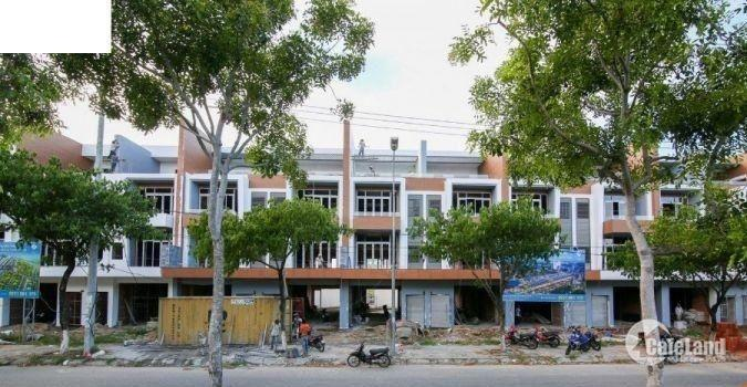 Bán nhà trên đại lộ 45m Hoàng Thị Loan, cách biển chỉ 500m