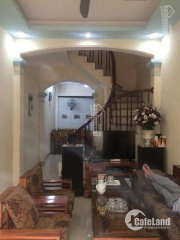 Quá rẻ! Bán nhà Ngõ Nguyễn Văn Cừ, Long Biên 45m2, 4 tầng, MT 4m, 3,6 tỷ, LH 0915656156 Mr.An.