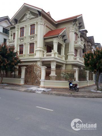 Cần bán căn biệt thự BT 04 Việt Hưng, 2 mặt tiền rộng thoáng