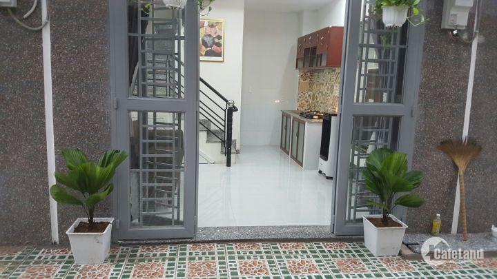 Ban nhà 1 trệt 2 lầu Hà Huy Giáp Quận 12 mua về ở liền