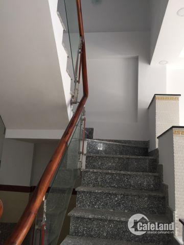 Bán nhà 1 trệt 3 lầu 4x12m giá 3.3 tỷ, HXH đường Lâm Thị Hố, P. TCH , Q12.
